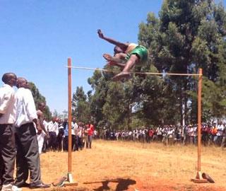 Кенийская Средняя Школа Прыжки в Высоту – Невероятное по Популярности Видео