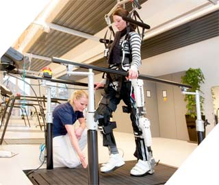 Робот HAL - Помощь в Восстановлении Подвижности