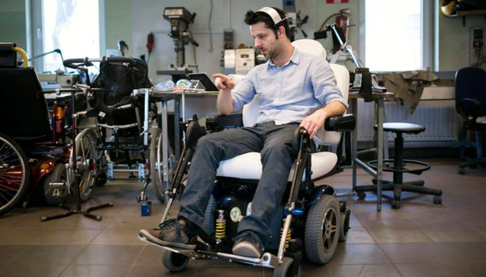 GyroSet – Специализированная Гарнитура для Управления Инвалидной Коляской с Электроприводом
