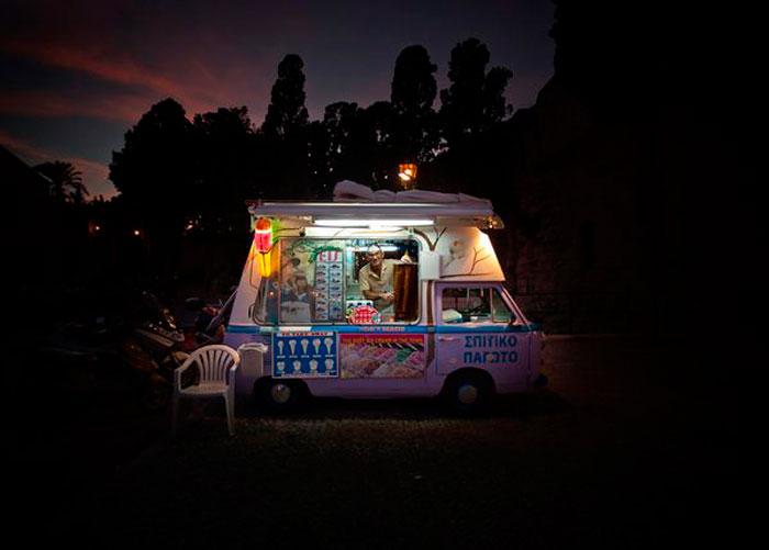Продавец Мороженого, Греция