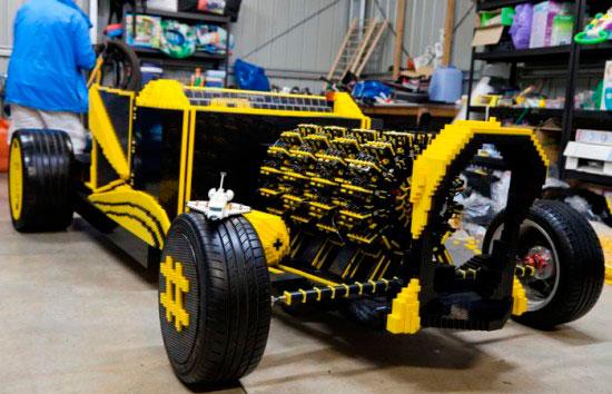 Румынский Гений Построил LEGO Автомобиль, Который Работает на Воздухе