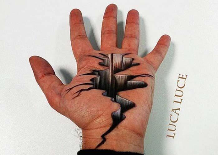 Итальянский художник превращает свою ладонь в оптические иллюзии