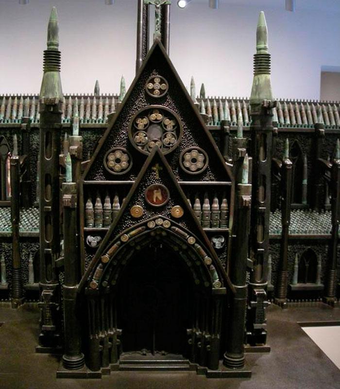 Аль Фэрроу - Оружие, Боеприпасы, Искусство и Религия