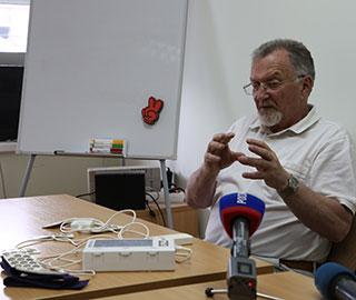Эксперты «Сколково» высоко оценили аппарат ученых УрФУ для лечения депрессии