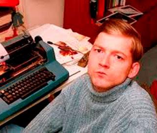 Кристофер Нолан - Ирландский Автор, Который Преодолевая Церебральный Паралич, Смог Получить Литературную Премию в Возрасте 21-го года