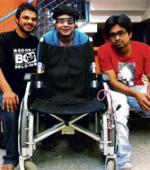 Студенты Создали Электрическую Инвалидную Коляску Управляемую Глазами